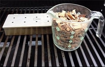 smoker box & wood chips
